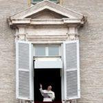 Papa: corrupção vicia; gera pobreza, exploração e sofrimento