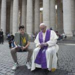 Papa Francisco propõe 3 aspectos para um bom sacerdote confessor