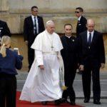 """Papa às autoridades: solidariedade contra os """"cem anos de solidão"""""""