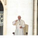 Papa: o demônio destrói a dignidade e provoca escravidão