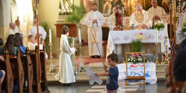 Carta aos pais que não desistiram de levar seus filhos bagunceiros à Missa