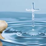 Posso beber água benta ou limpar a casa com ela?